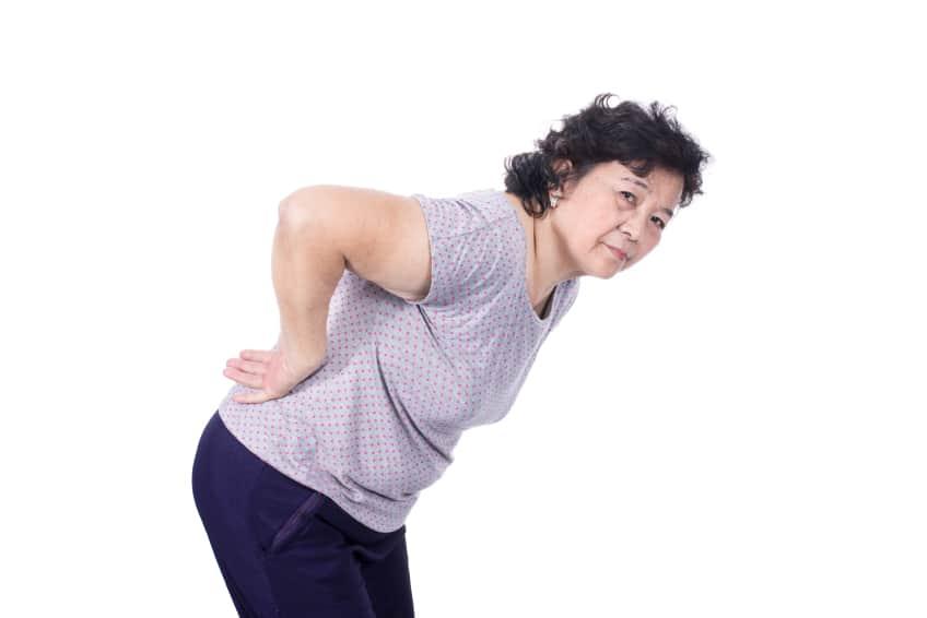 espacador-interespinhoso-coluna-cirurgia-idoso-dor-neurocirurgia-hernia-de-disco-bico-de-papagaio