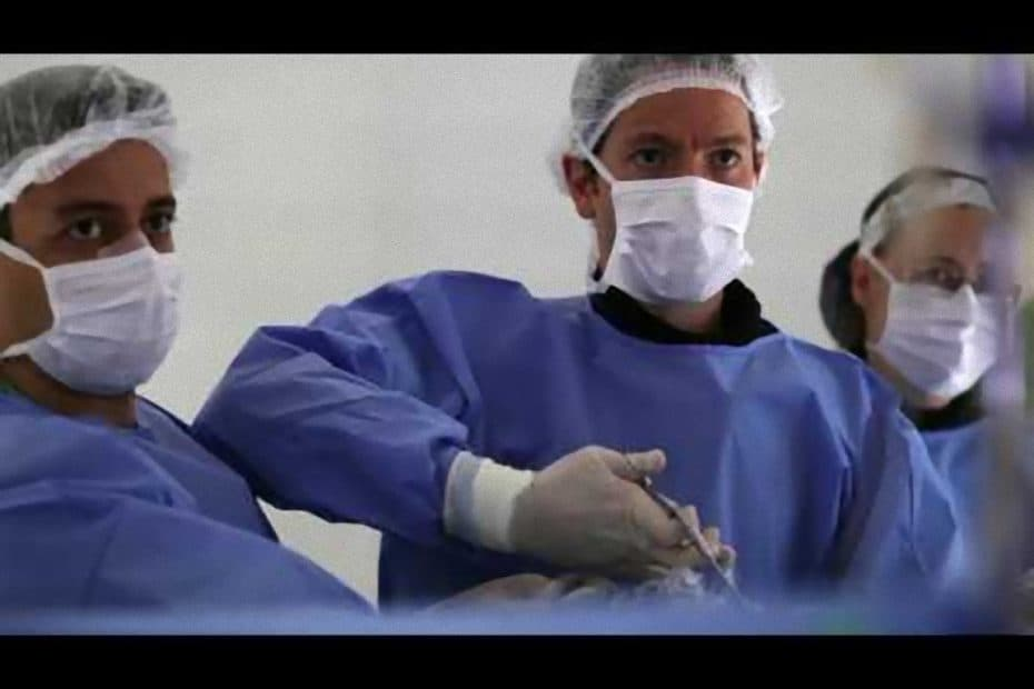 cirurgia_endoscopica_coluna_e